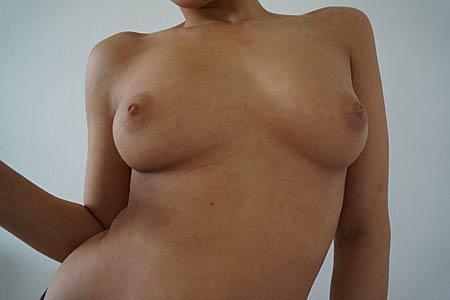 Natürliche Brüste